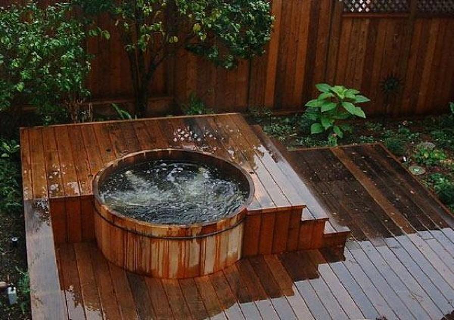 Disfruta del mayor relax con un jacuzzi exterior ideas for Mantenimiento jacuzzi exterior