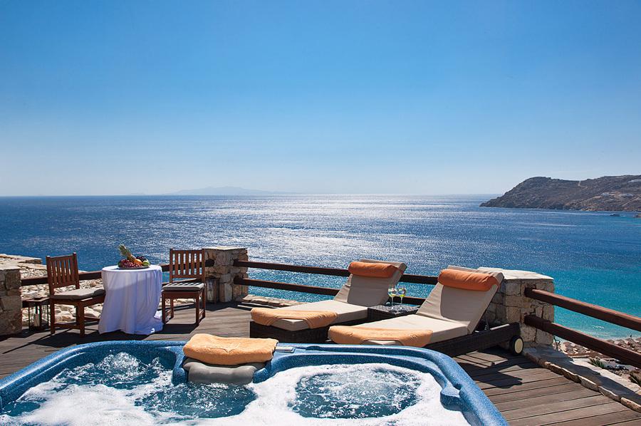 Jacuzzi con vistas al mar