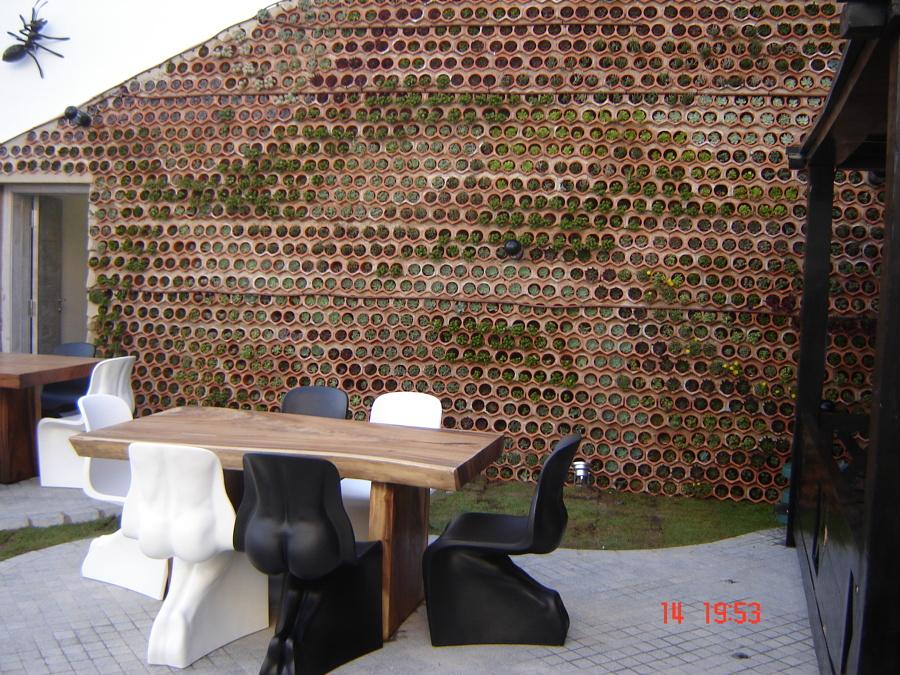 Jardín Vertical mod. Eco.Bin, en Hotel Ushuaia, ibiza
