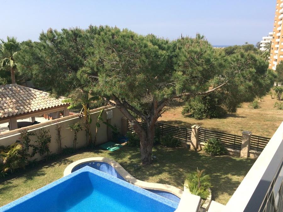 Jardín y Piscina en Marbella