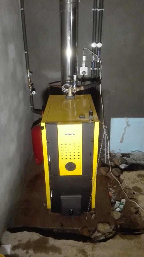 Instalaci n caldera le a junkers ideas calefacci n - Calefaccion lena radiadores ...