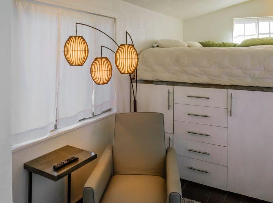 dormitorio de una casa pequeña