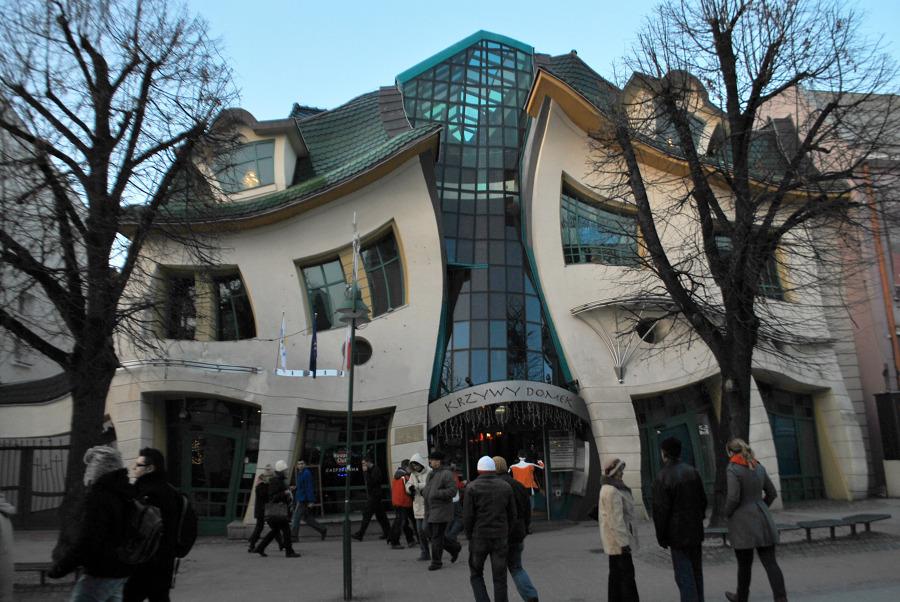 edificio que se mueve