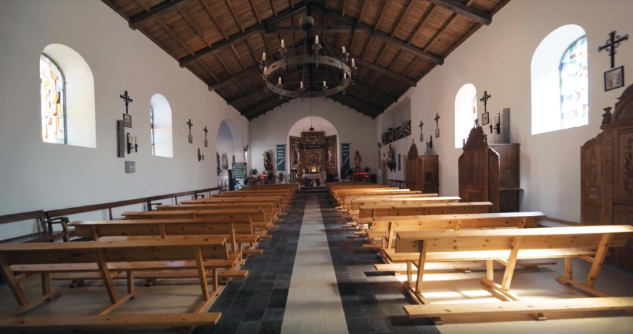 La iglesia de San Tirso en Palas de Rei