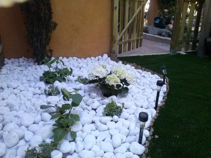 Zen Decoracion Albacete ~ En un jard?n zen, solo cabe iluminaci?n solar que evoca lo oriental