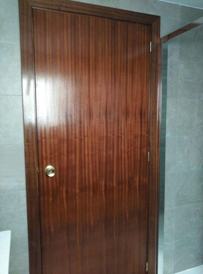 la puerta adaptada para hoja de 82 cm