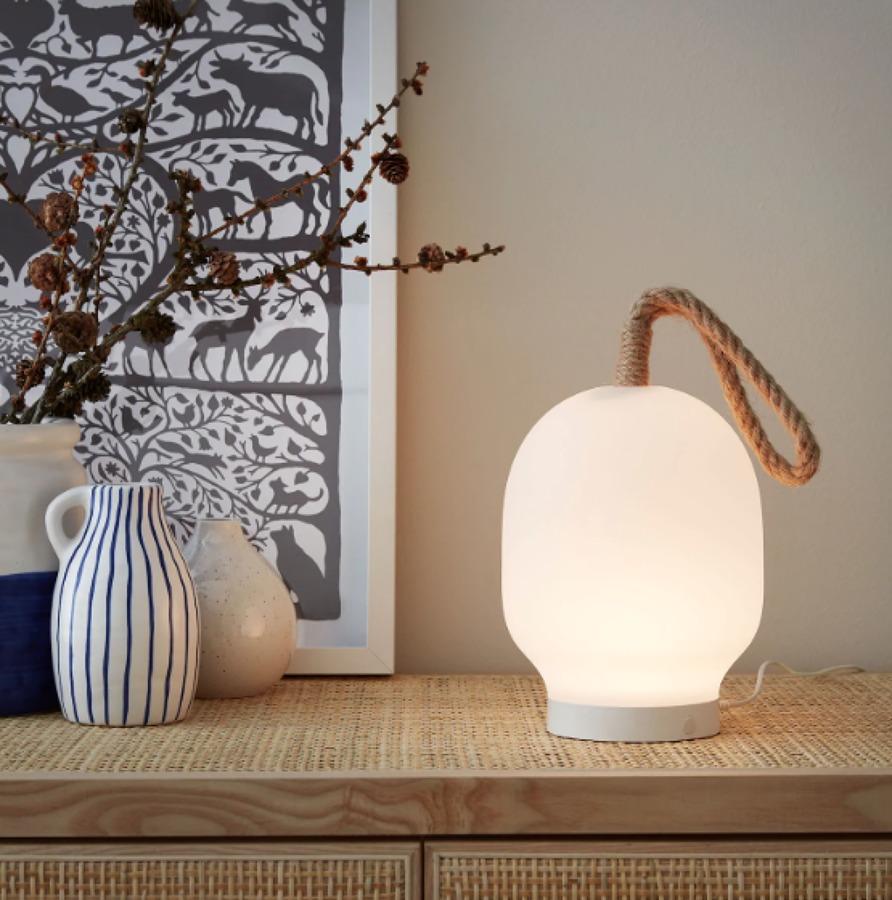 Lámpara colección VÄRMER IKEA