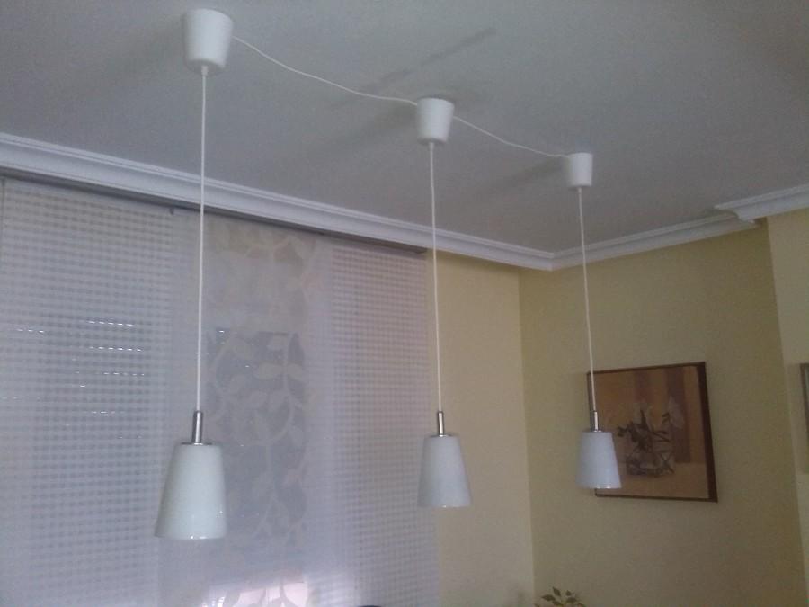 Lamparas De Bajo Consumo Para Baño:Instalación de lámparas colgantes de bajo consumo, en salón