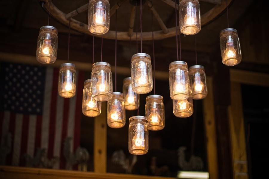 Lámparas con tarros de vidrio
