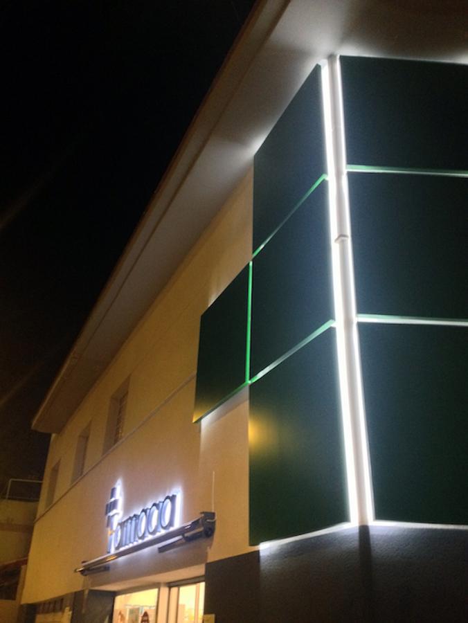 Las fachadas de noche