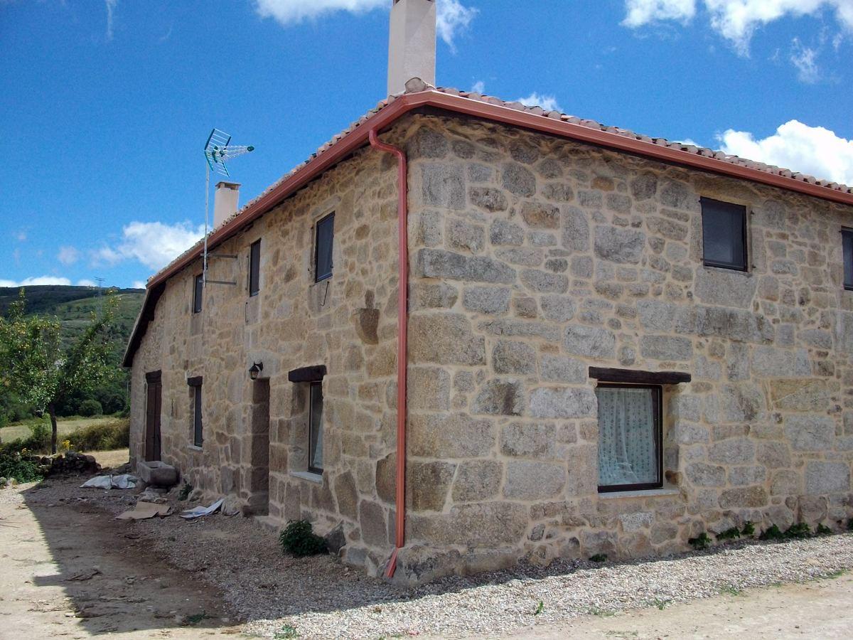 Casa residencial familiar ventanas de madera galicia quiero - Casas de madera en galicia ...