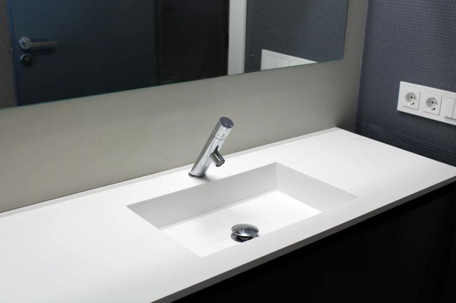 Foto lavabo de corian de espacios y proyectos 316620 - Lavabos de corian ...