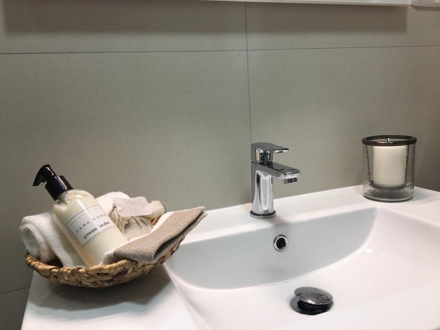 Lavabo de porcelana