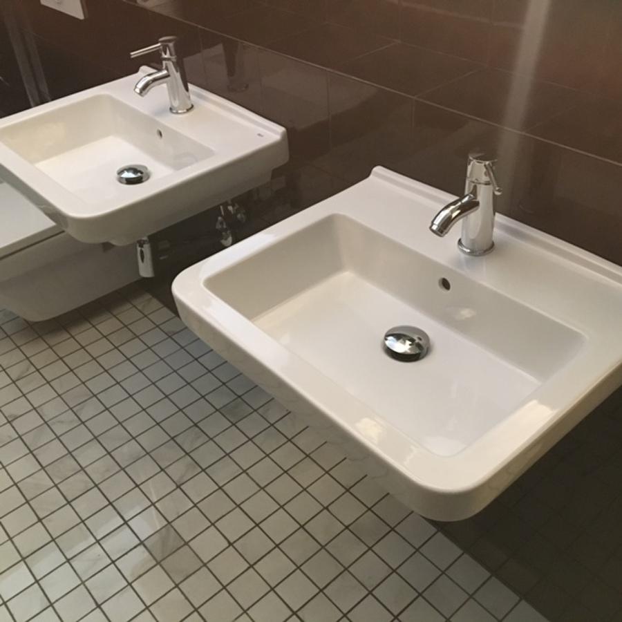 lavabos suspendidos en pared