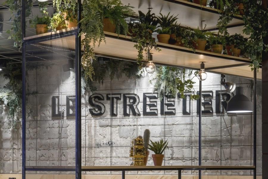 Le Streeter, vista desde la entrada
