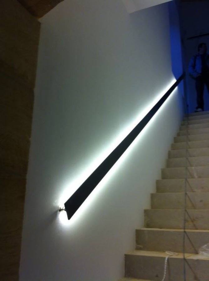Aplicaciones led ideas decoradores - Escaleras con led ...