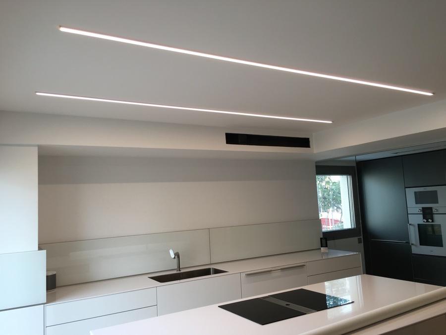 Led cocina perfect iluminacion led opciones interiores - Iluminacion led cocina downlight ...