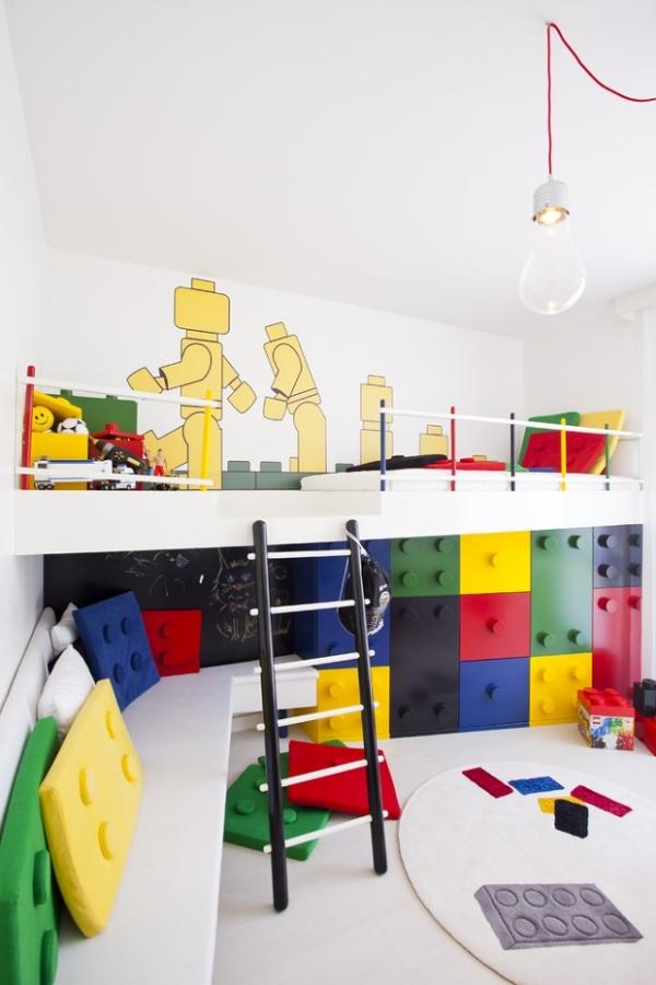 Lego-Kinderzimmer-Einrichtung-Trend-Kinderbett-Wandgestaltung-Ideen-pebble-design1