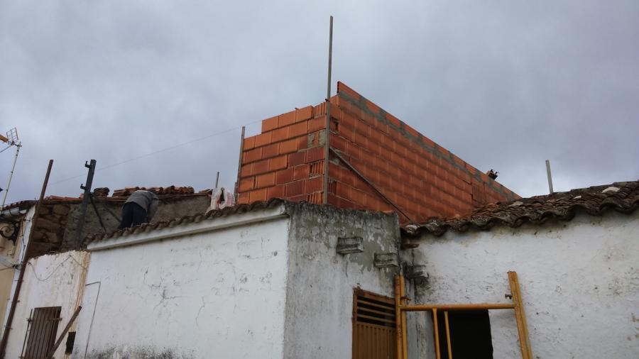 LEVANTANDO MURO DE PLANTA 1