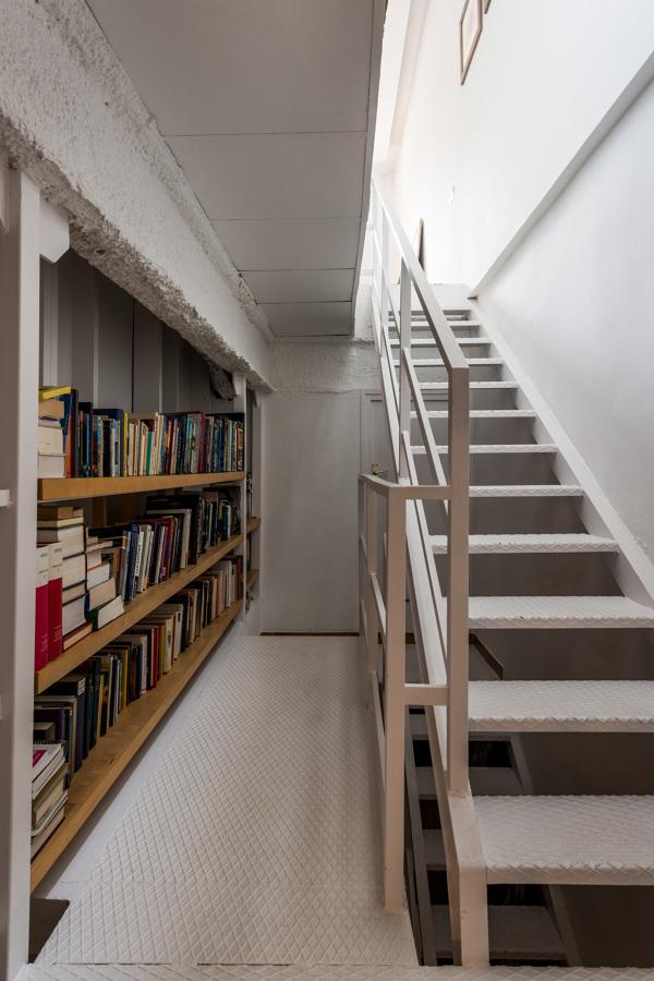 Un loft en el que es imposible aburrirse ideas reformas for Libreria estilo industrial