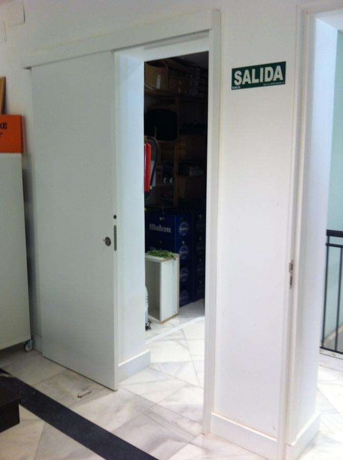 LIBRERÍA -CAFETERIA EN EL CENTRO DE MADRID