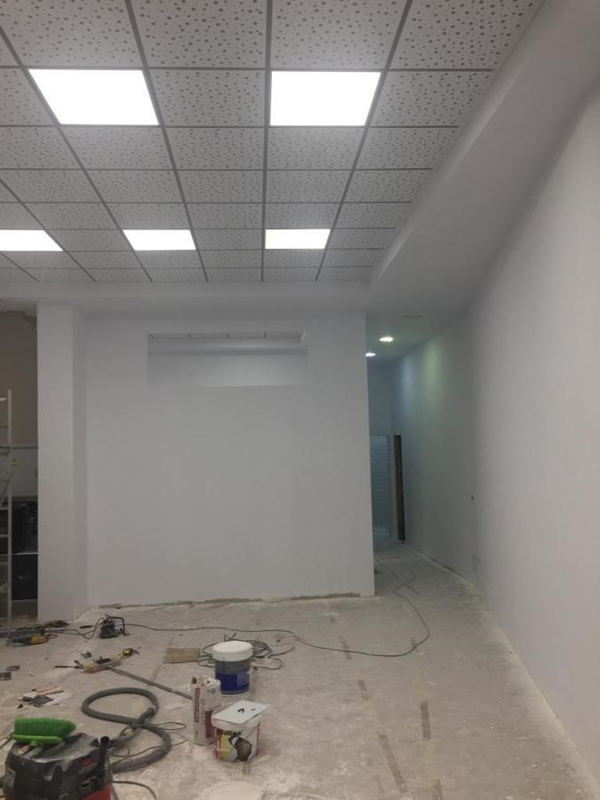 Lijado y pintado de paredes