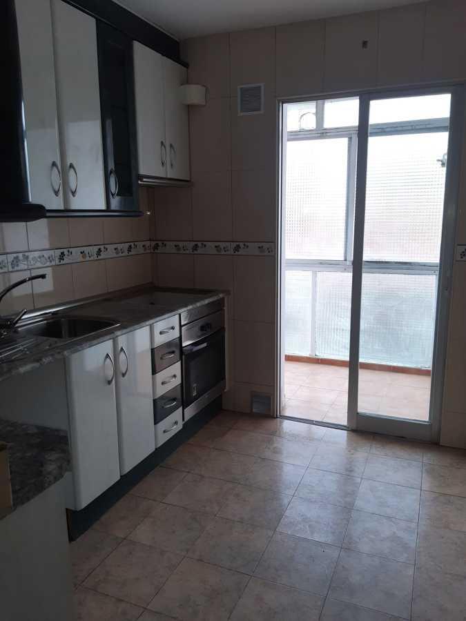 Limpieza cocina, terraza y cristales