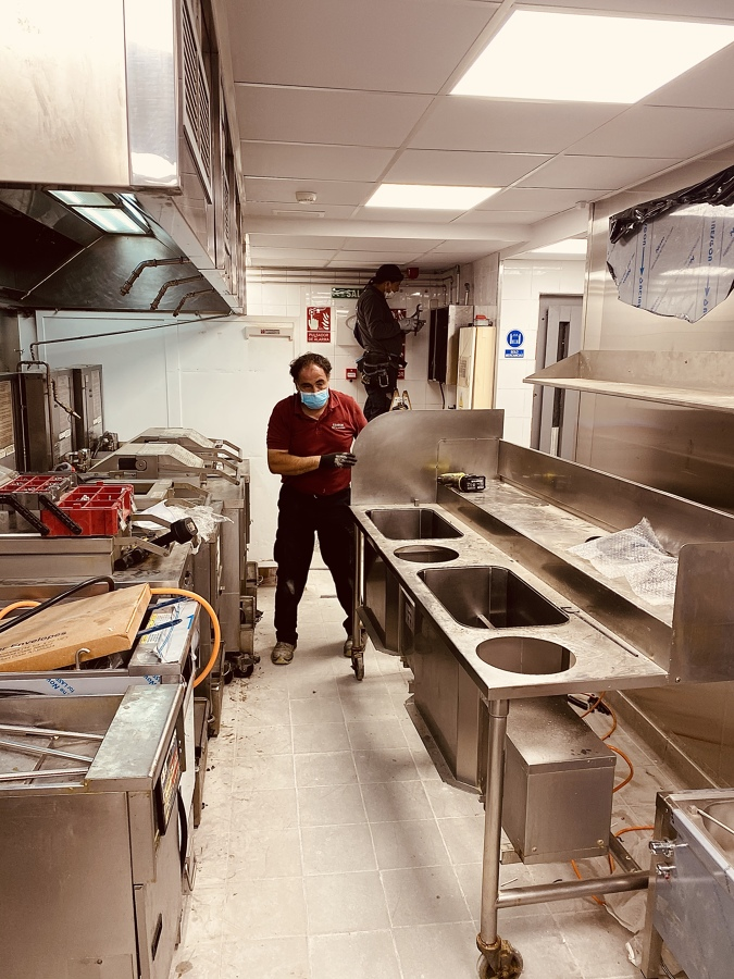 Limpieza de Cocina KFC Meridiana