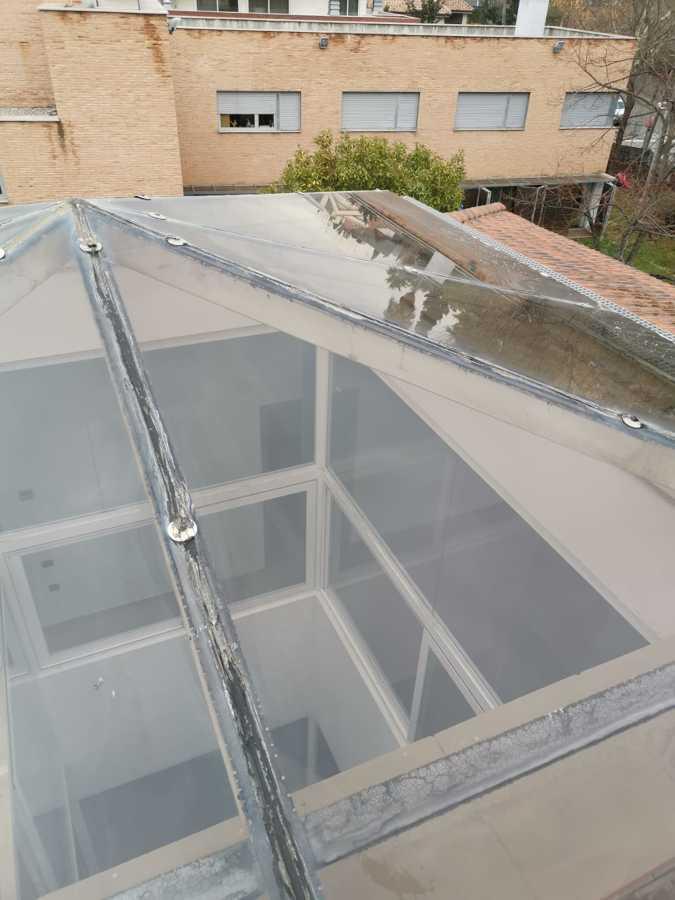 limpieza de cristales en altura de vivienda exterior