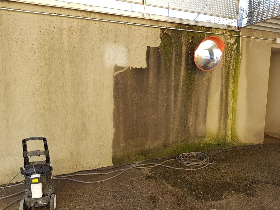 Limpieza de paredes,quitándole los años...