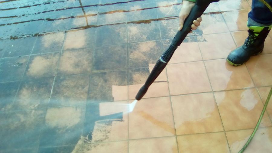 Fotos de suelos de gres fotos de suelos de gres de - Limpieza suelo porcelanico ...