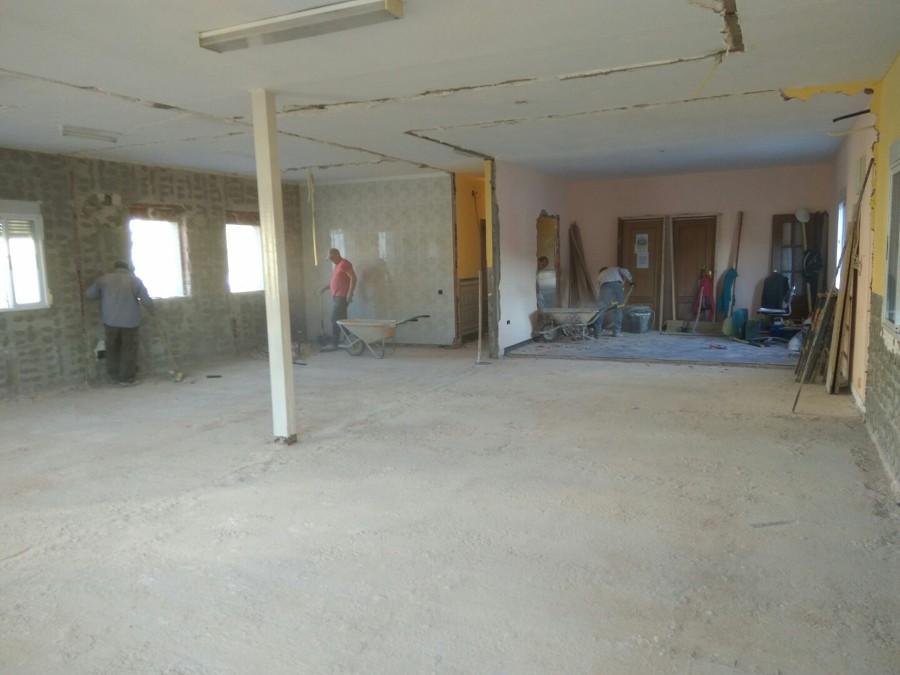 Limpieza y Retirada de Escombros Oficinas