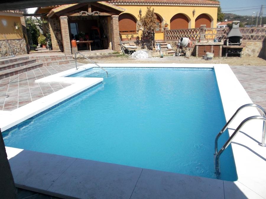 Excavaci n para la construcci n de una piscina proyectos - Construccion de una piscina ...