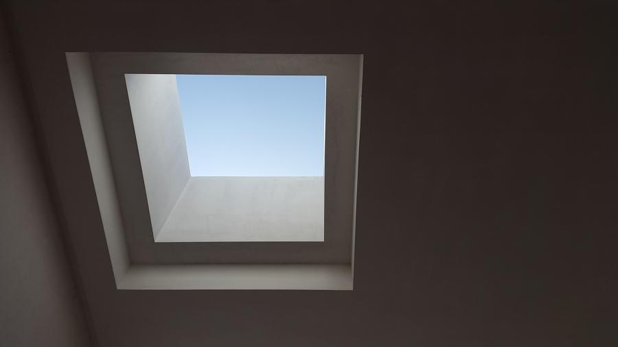 Lucernario que da luz a la escalera