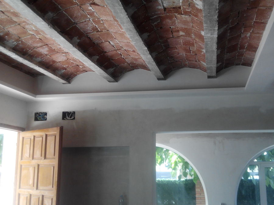 Luz indirecta con techo de revoltones visto ideas pladur - Luz indirecta techo ...
