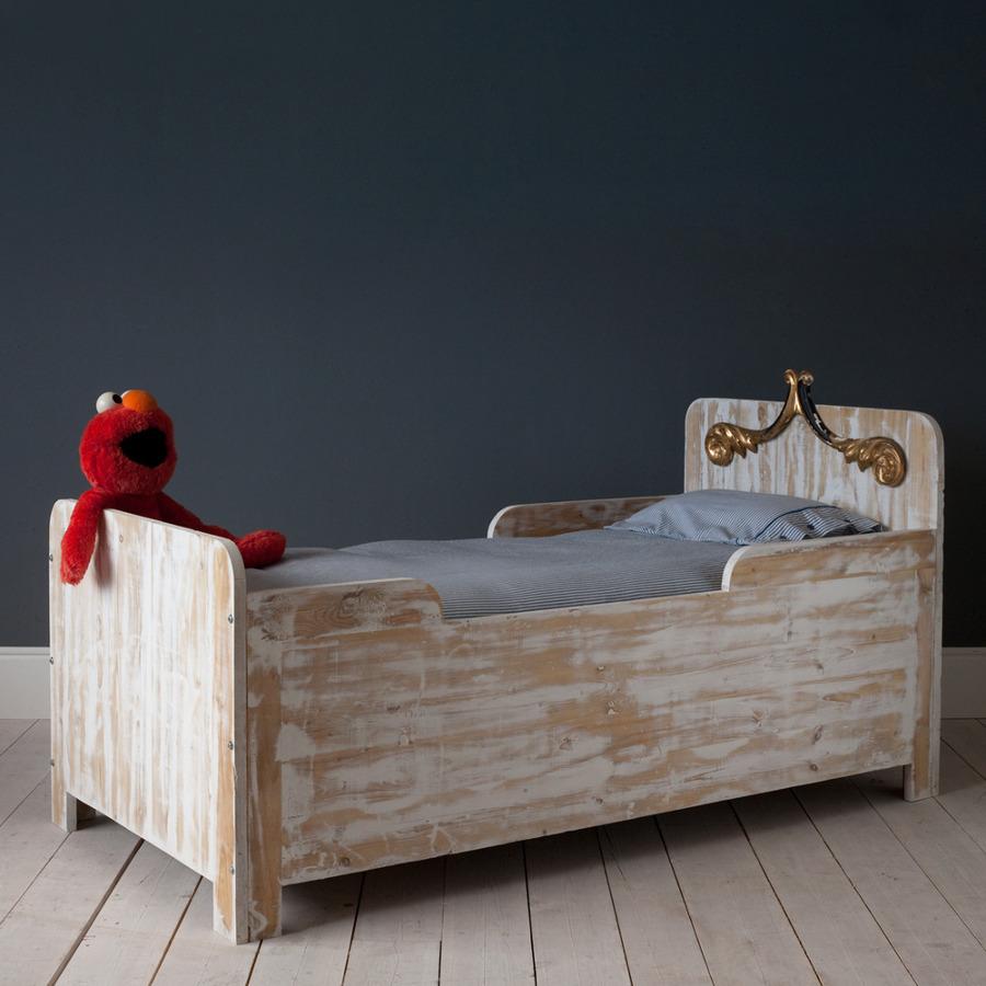cama de madera