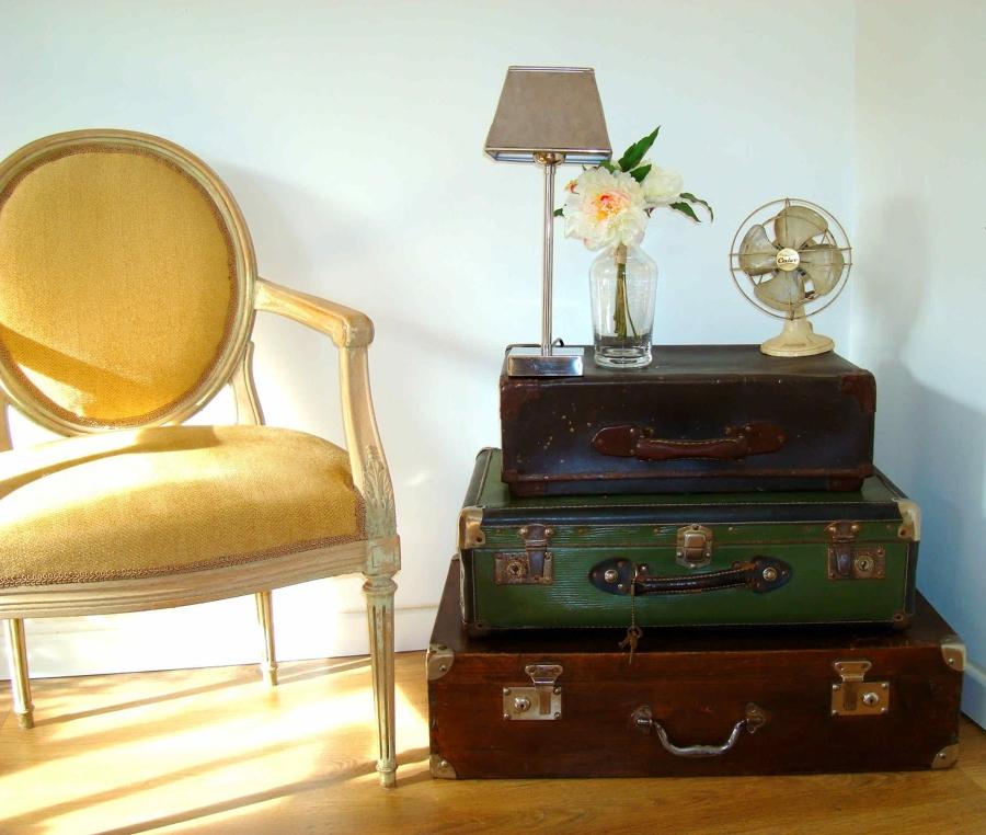 7 ideas para dar un toque original a tu casa ideas for Maletas vintage decoracion