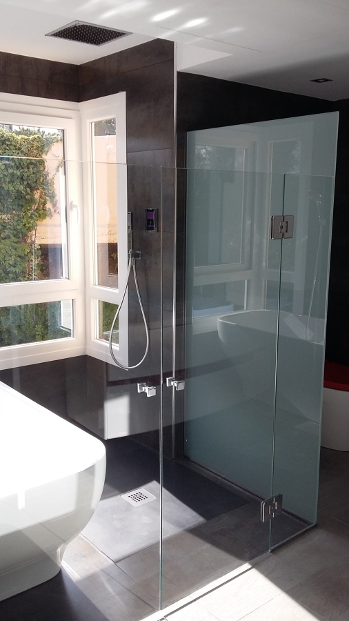 Mampara a medida baño principal