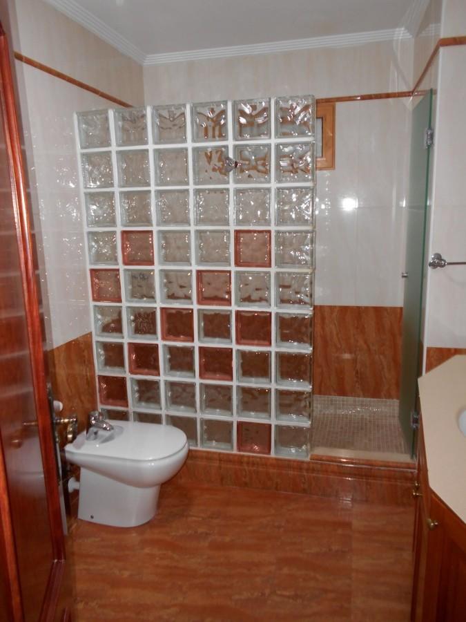 Foto mampara de vidrio de reformas interiorismo roma - Mampara de vidrio ...