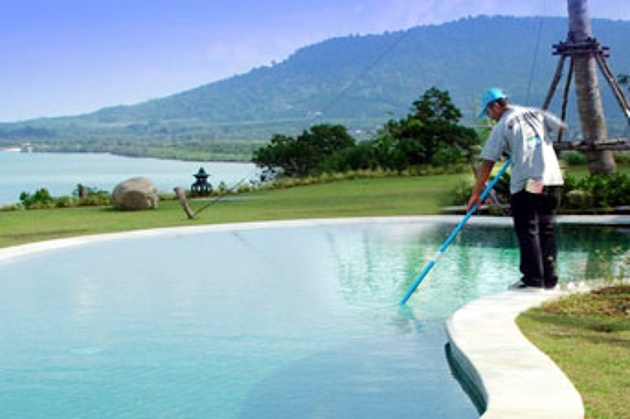 Foto mantenimiento de piscinas de hogar y familia for Mantenimiento de piscinas