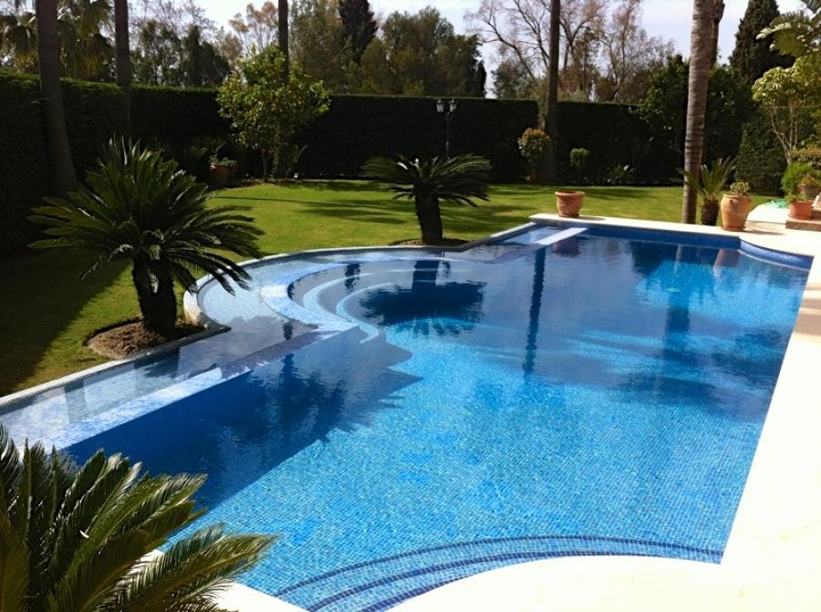 Jardin piscina sevilla v rias id ias de - Jardines con piscinas ...