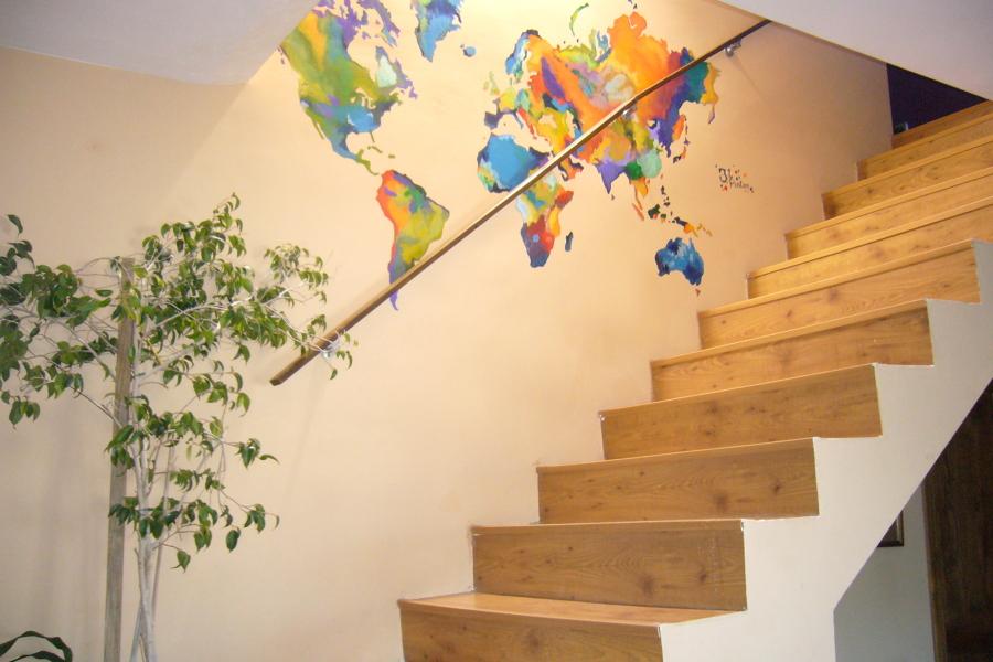 Un mapa mundi sin fronteras y con mucho color ideas pintores - Mural mapa mundi ...