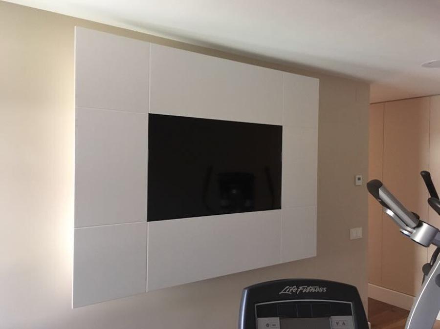 Marco de Televisión Lacado en Blanco Mate | Ideas Pintores
