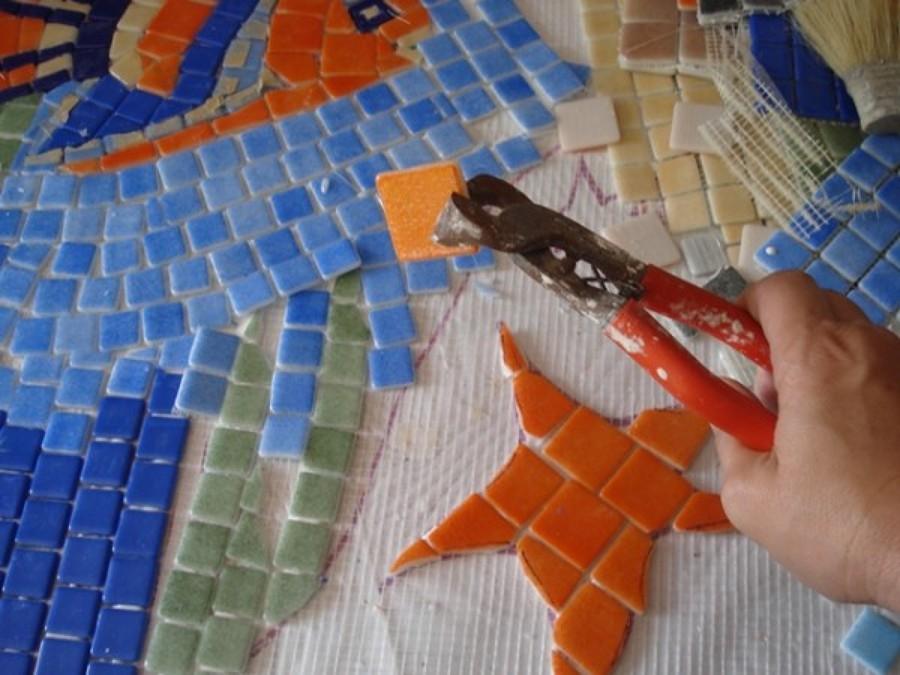 C mo cortar azulejos ideas reformas viviendas - Azulejos con dibujos ...