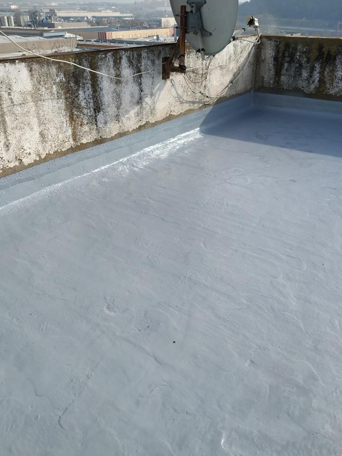 Membrana continua de Poliurea en terraza