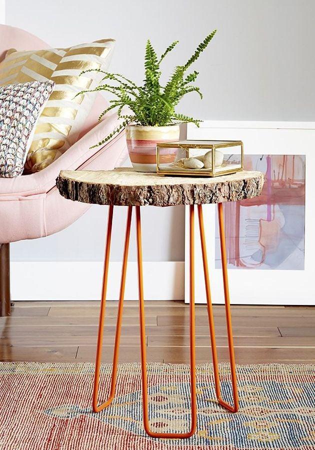Foto mesa auxiliar con base de tronco madera de marta - Mesas de troncos de madera ...