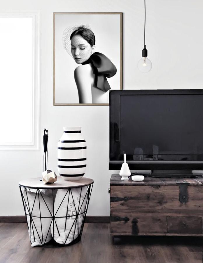 mesas auxiliares elige la que necesitas y no te equivoques ideas decoradores. Black Bedroom Furniture Sets. Home Design Ideas