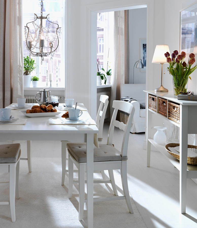 7 ideas para decorar tu comedor peque o ideas decoradores for Mesas de comedor blancas