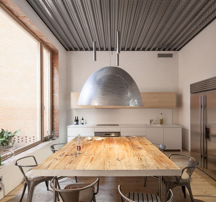 10 casas hechas para disfrutar del invierno ideas - Lampara mesa comedor ...