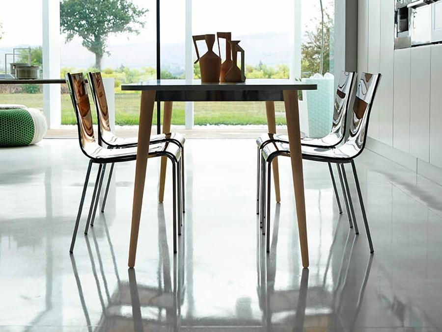 7 consejos para elegir la mesa de comedor m s adecuada for Comedor para jardin